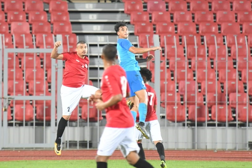 Ikhsan Fandi heads the ball against Yemen on 19 Nov 2019 Photo courtesy of Bahrain FA
